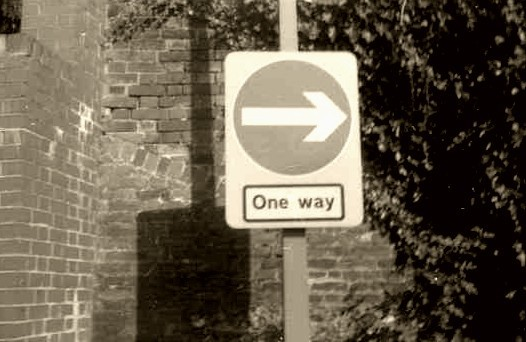 it's a one-way sign.  cant you read!